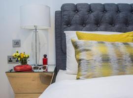 Designer Two Bedroom Flat - Westminster,
