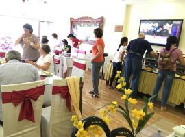 Viet Village Hotel, Nội Bài