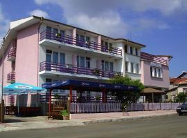 Hotel Strajica, Lozenets