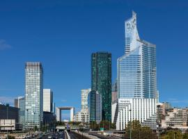 Novotel Paris La Defense, Курбевуа