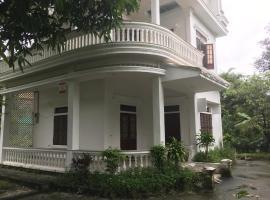 Mango Villa, Hue