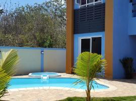 Blue Paradise, Trou aux Biches