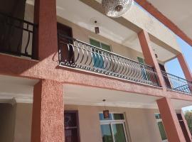 Yelibe Hotel, Debre Zeyit
