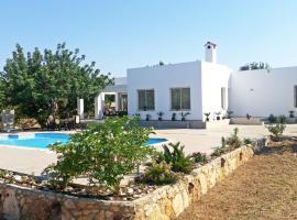 Eliofos Luxury Villa, 波利斯