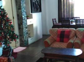 Palomari Apartel, Laoag