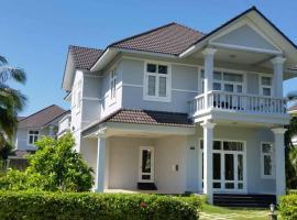 Villa R67, Mui Ne