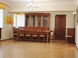Apartment at Nurmakova 81, Алматы