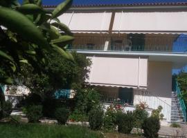 Mouragio Apartments, Tirós