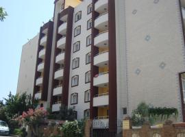 Golden Moon Apart Hotel, 库萨达斯
