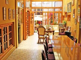 Hotel Costa Fósil, Caldera
