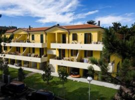 Villa Poli, 比比翁