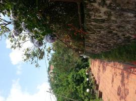 Rose Garden Villa, Sín Chải
