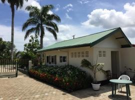 Leonsberg, Paramaribo