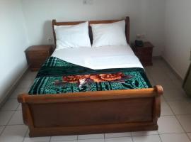 Hotel Miwo, Яунде