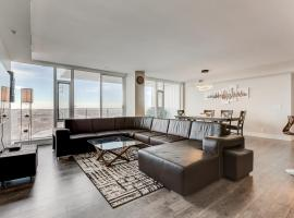 Luxury Sub-Penthouse – Downtown Riverfront, Calgary