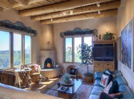 An Enchanting Casita Two-bedroom Holiday Home, Santa Fe