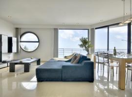 Sliema seafront apartment, Sliema