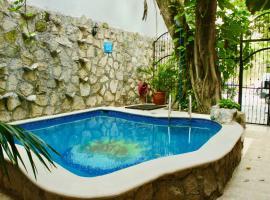 ECLIPSE - AFORDABLE CONDO FOR 4, Playa del Carmen