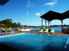 Mar Marine Yacht Club, Rio Dulce