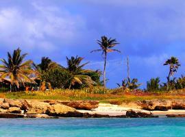Seascape Beachhouse Surferspoint Barbados, 基督教堂市
