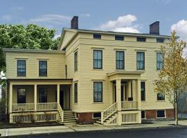 Inn at 34, Hudson