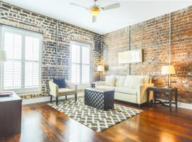 Franklin Square Loft - One-Bedroom, Savannah