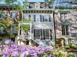 Cohen House Main+Garden - Five-Bedroom, Savannah