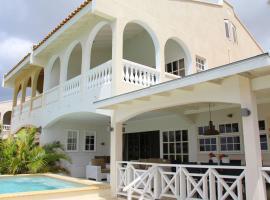 Villa Allure - Mambo Beach, Виллемстад