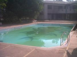 Luxury Four Bedroom Bungalow on Rent with Swimming Pool in Lonavala, Lonavala