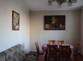 Duplex Apartment in Bishkek, 比什凯克