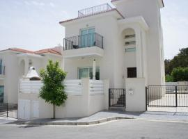 Green Bay Family's Villa, Protaras