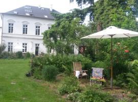 Ferienwohnung in alter Landvilla