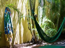 Polynesian Hostel Beach Club,
