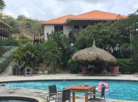Villa at the Beach, Blue Bay Golf & Beach Resort, Блу-Бэй