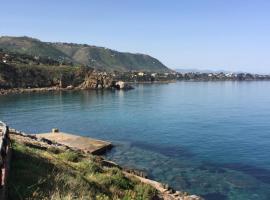Baia Mazzaforno, Cefalù