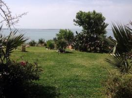 Les Jardins de la Mer Ghar el Melh, Rafrāf