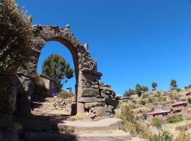 Homestay Taquile Titicaca Lodge, Huillanopampa