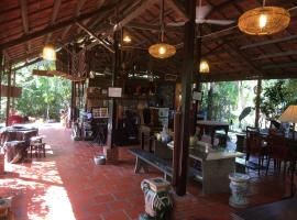 Charming Countryside Homestay, Bến Tre