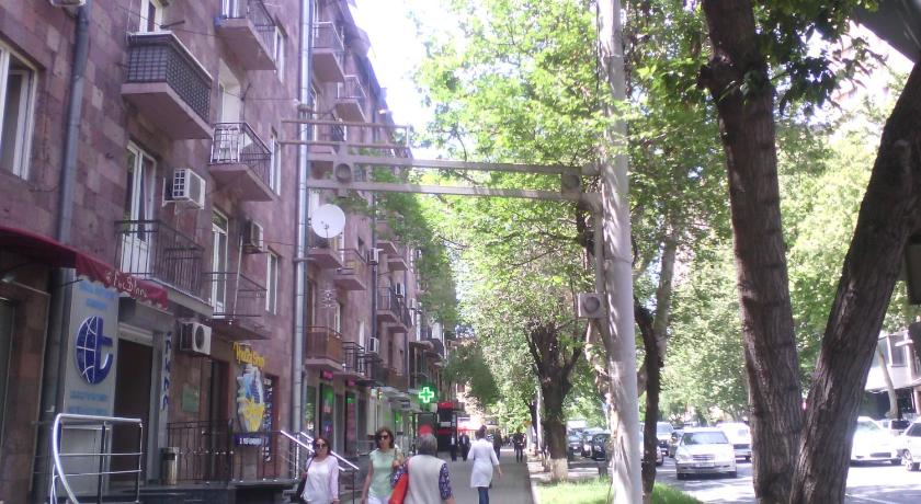 Apartments on Sayat-Nova 14