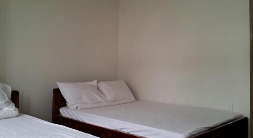 See all 18 photos Gia Khang Guesthouse