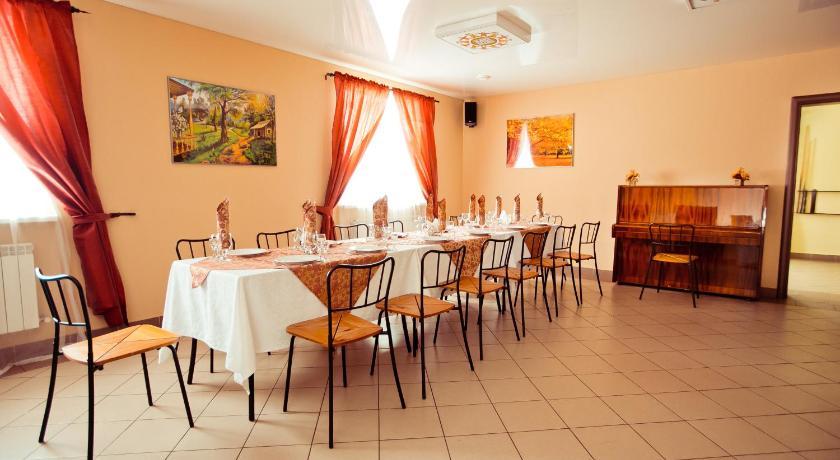 Стоит один раз побывать в ресторане «löwenburg», и, безусловно, вы станете его постоянными посетителями.