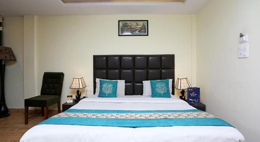 More about OYO 8077 Hotel Madhuban