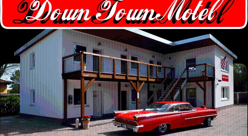 Mere om Down Town Motel