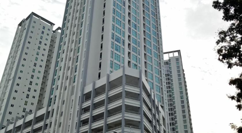 Apartment with Sea View - Exterior view Georgetown Sea View Suite-II