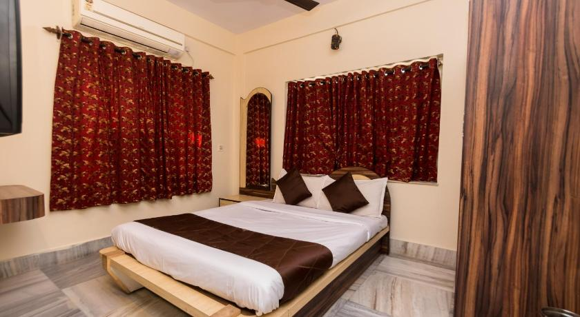Standard Double Room - Indian Nationals only - Guestroom OYO 3017 Siesta Newtown