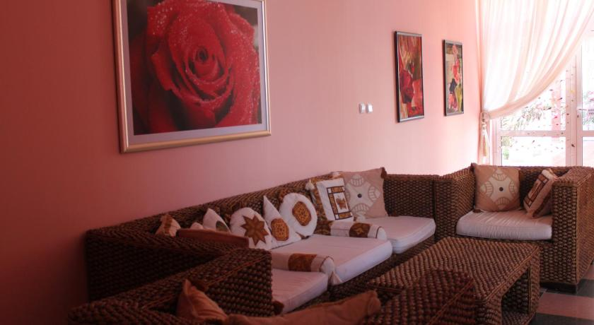 Best Price on Rose Garden Omax Hotel Apartments in Nessebar + Reviews!