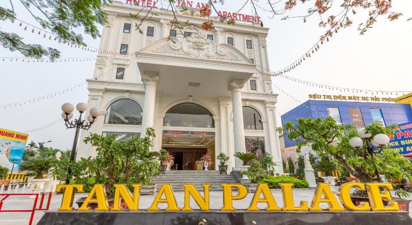 Tan An Palace
