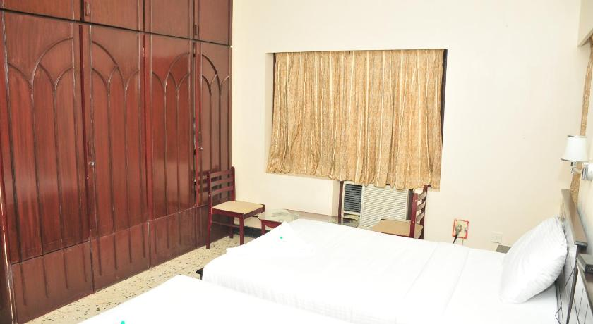 SreeNivas Serviced Apartments