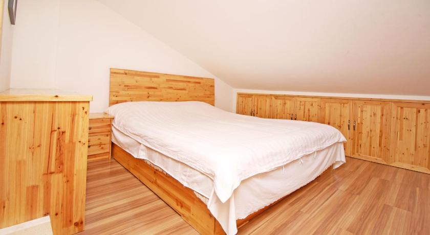 Dobbeltrom med privat bad - Seng Wood B&B Putuoshan