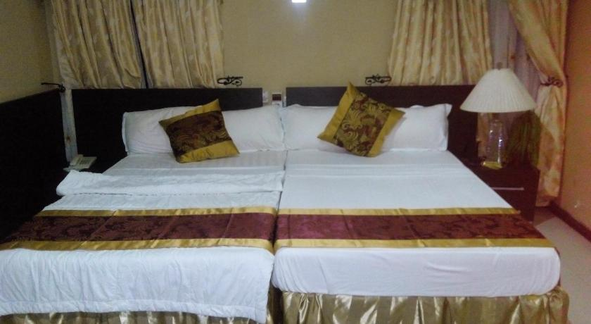 Double Room Downtown Hotel